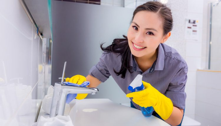 How to Clean a Bathroom Sink? – All Types Explained by Experts